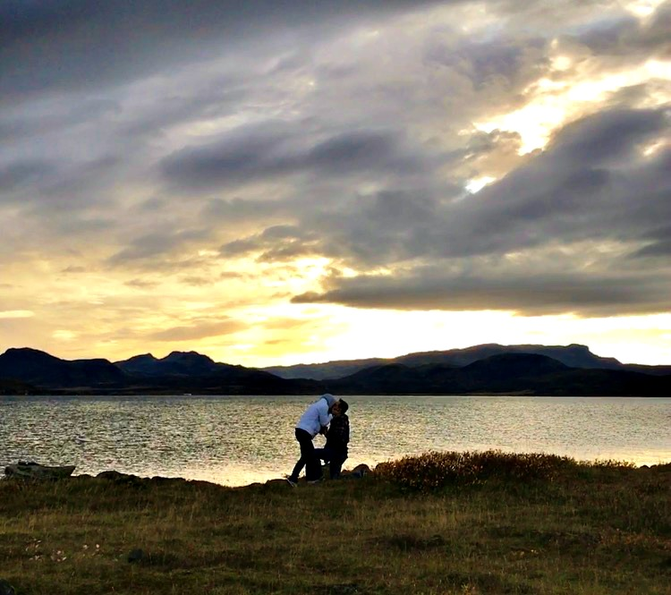 destination proposal Lake Pingvallavatn in Iceland